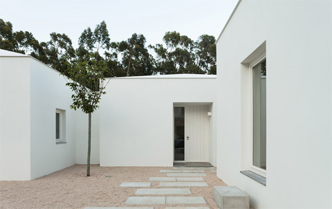 modern-house-portugal-bls2