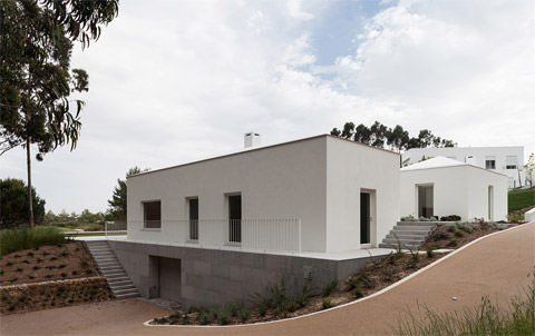 modern-house-portugal-bls9