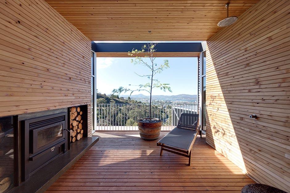 modern single story house on a sloped lot in tasmania