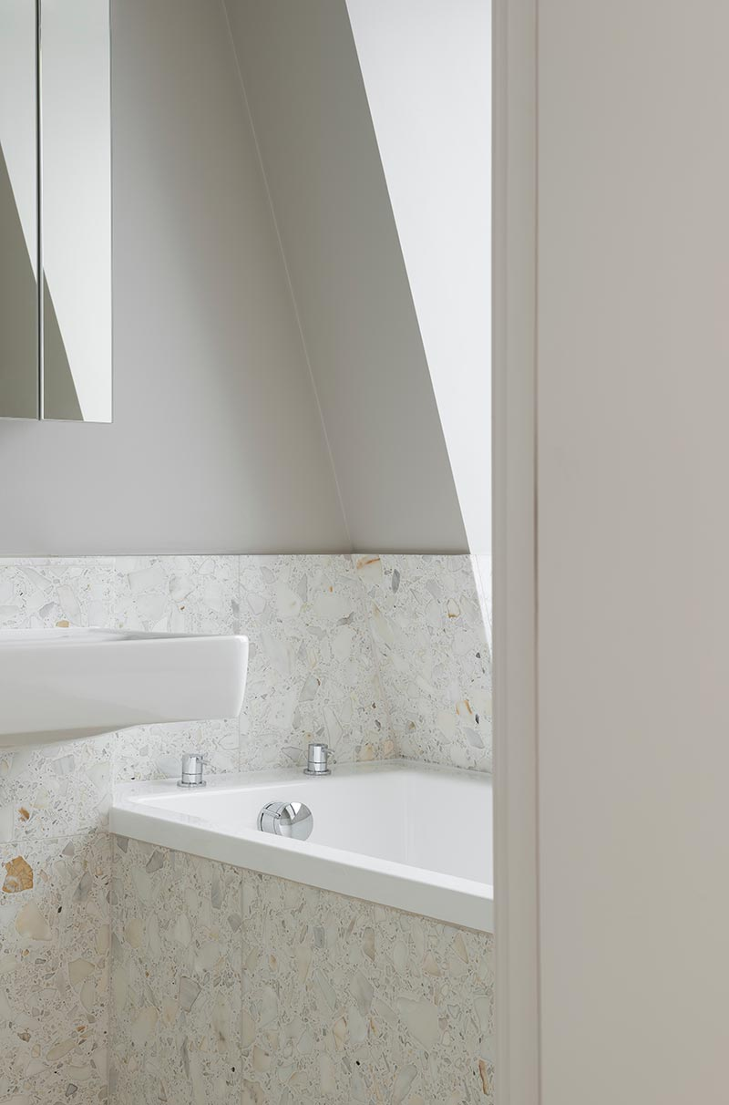 modern interior bathroom design bdc - The Interlock