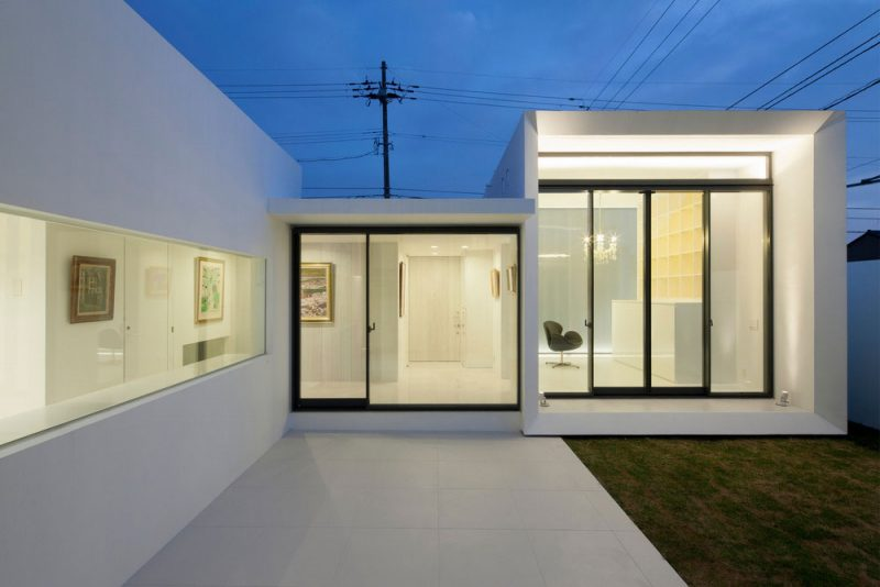 modern house designed as an art museum in tokyo japan - Modern Japan House