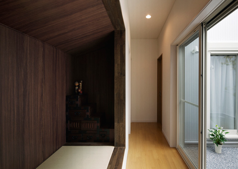 modern japanese house hnsa 9 - Hansha Reflection House: Modern Timber Structure