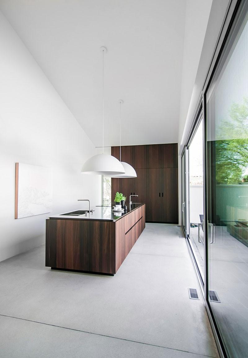 modern kitchen purec1 800x1154 - Pure Cuisines Kitchen Design