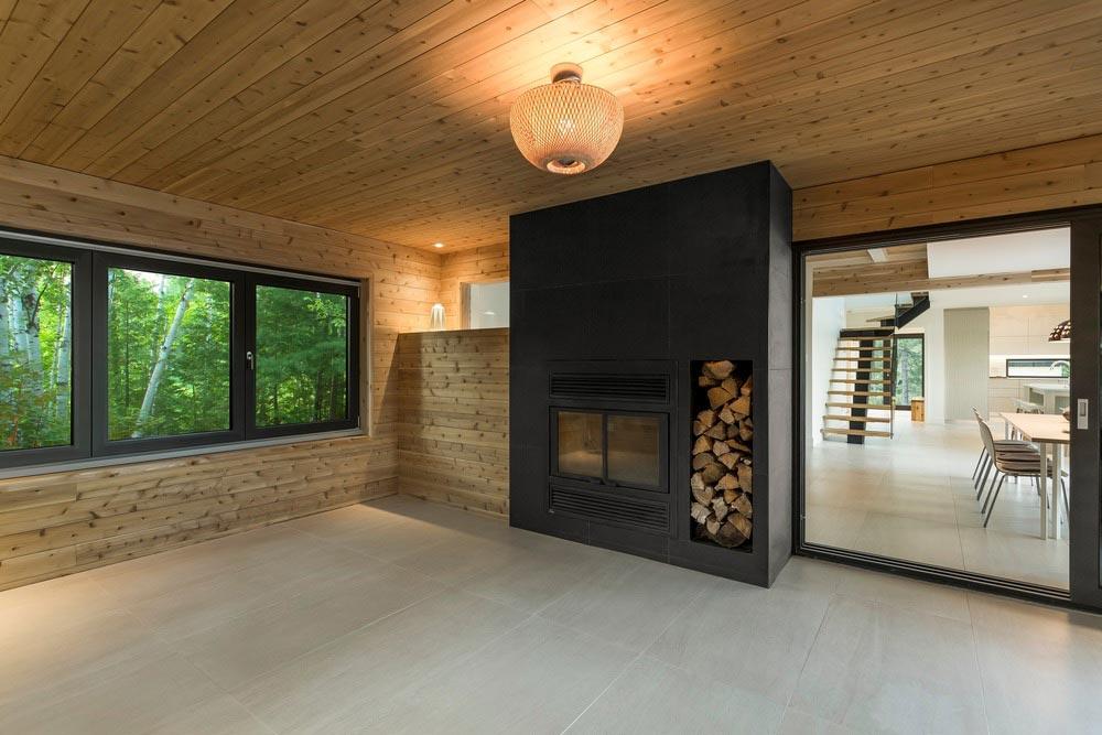 Modern lake cottage fireplace design