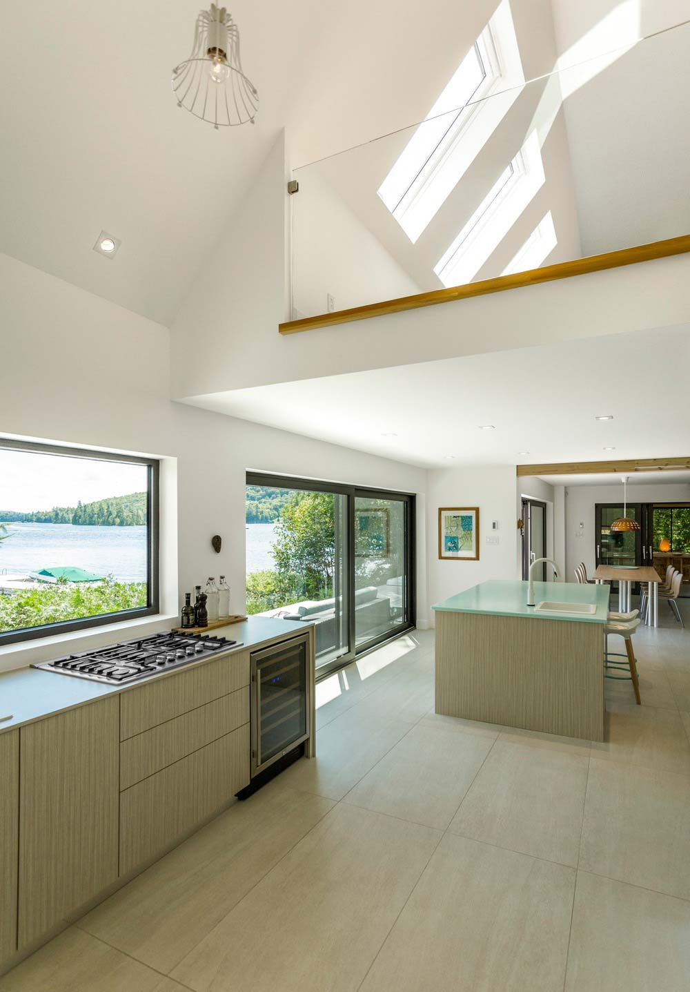 Modern lake cottage kitchen design