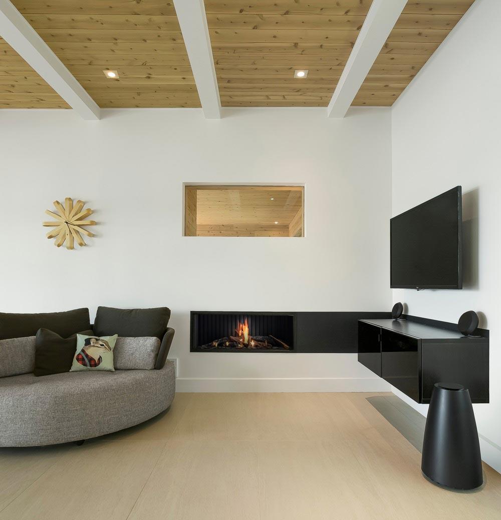 Modern lake cottage living room design