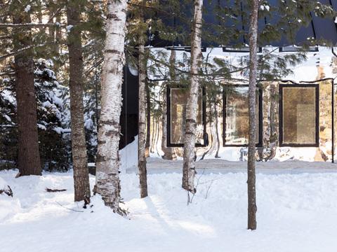 modern-lake-cottage-uufie3