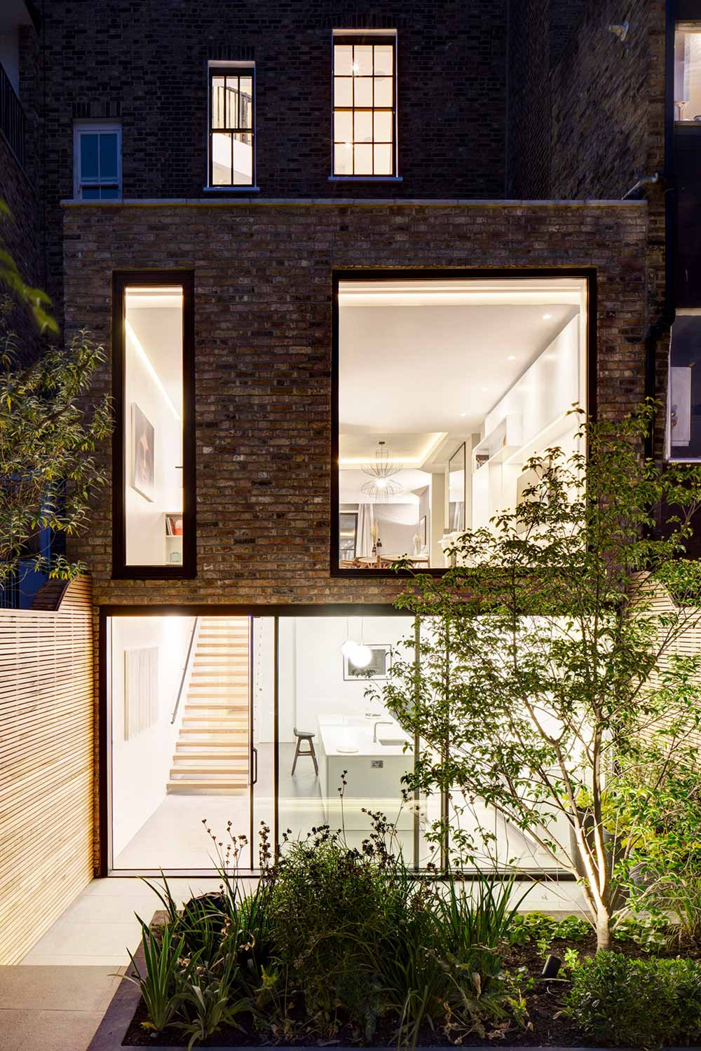 modern living period home dp - Englefield Road Residence