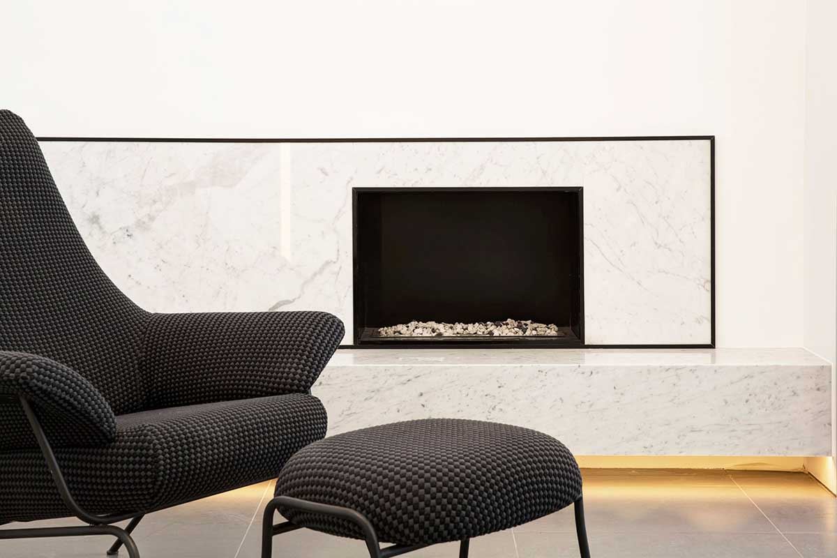 modern living period home fireplace dp - Englefield Road Residence