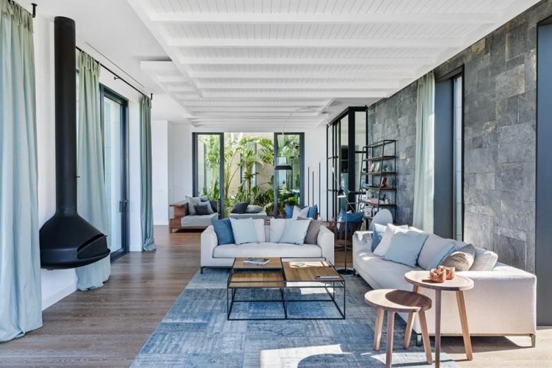 modern mediterranean home ofist5 800x534 - Y House