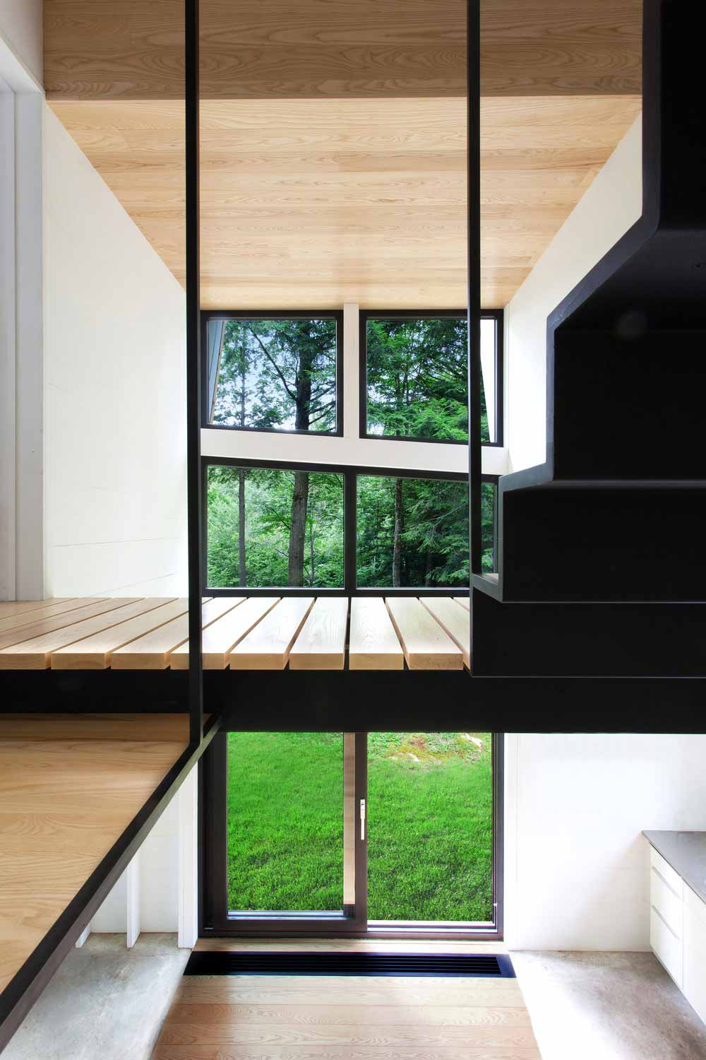 modern mountain cabin windows yh2 - La Colombière