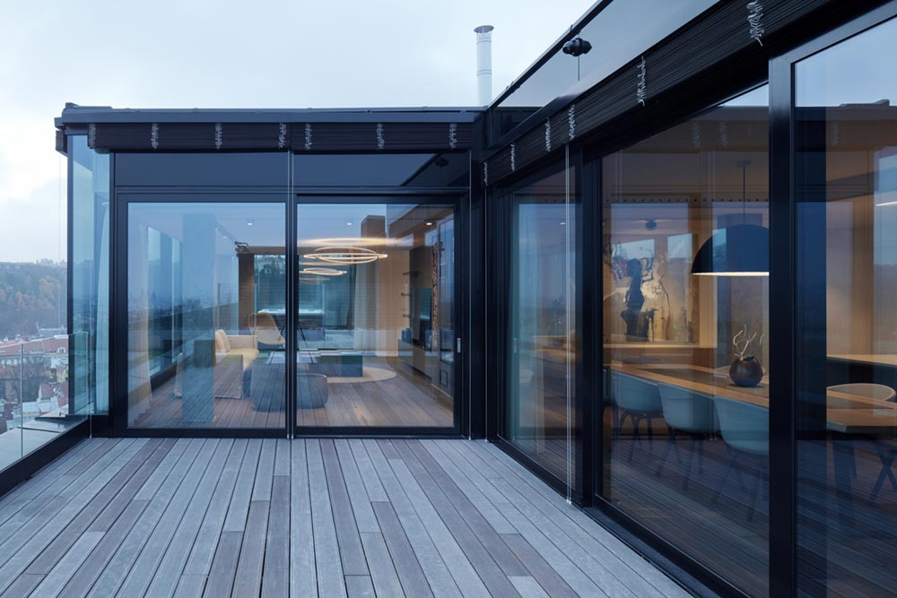 Cross Shaped Penthouse Apartment With Magnificent Views
