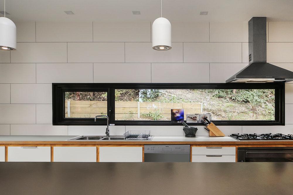 modern-prefab-home-tckr4