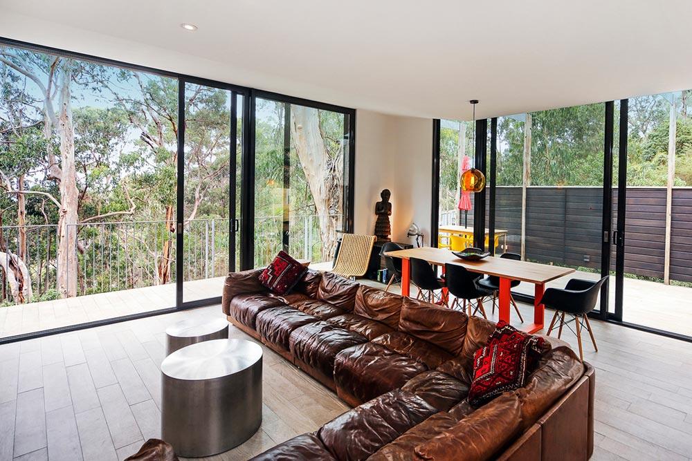 modern-prefab-home-tckr5
