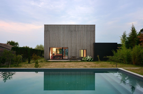 modern-prefab-villa-b