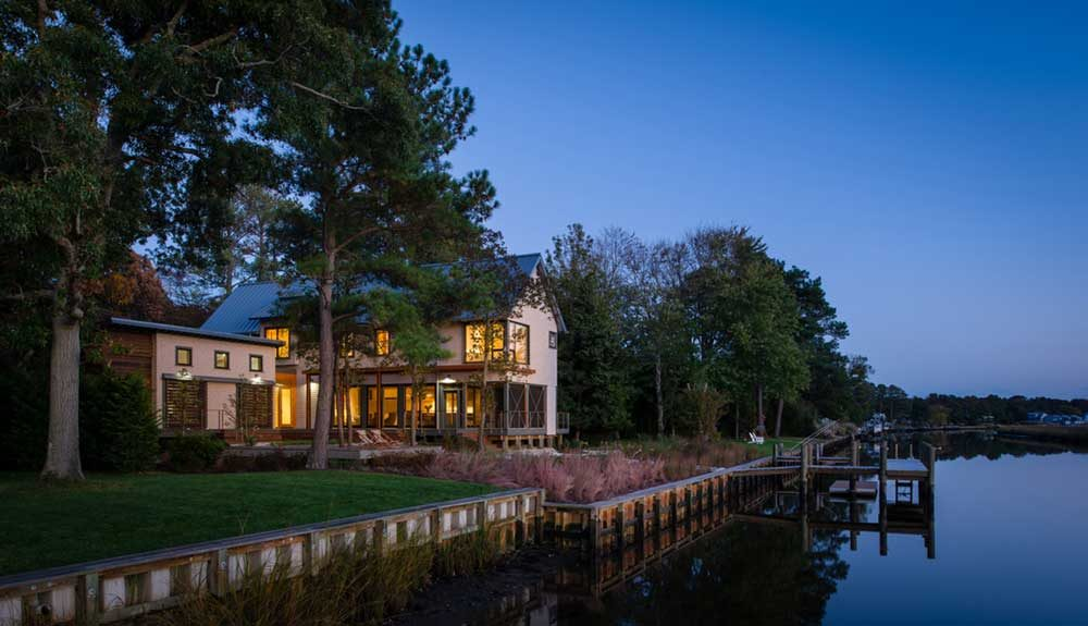 modern river house ga 1000x575 - Home on the Intracoastal Waterway