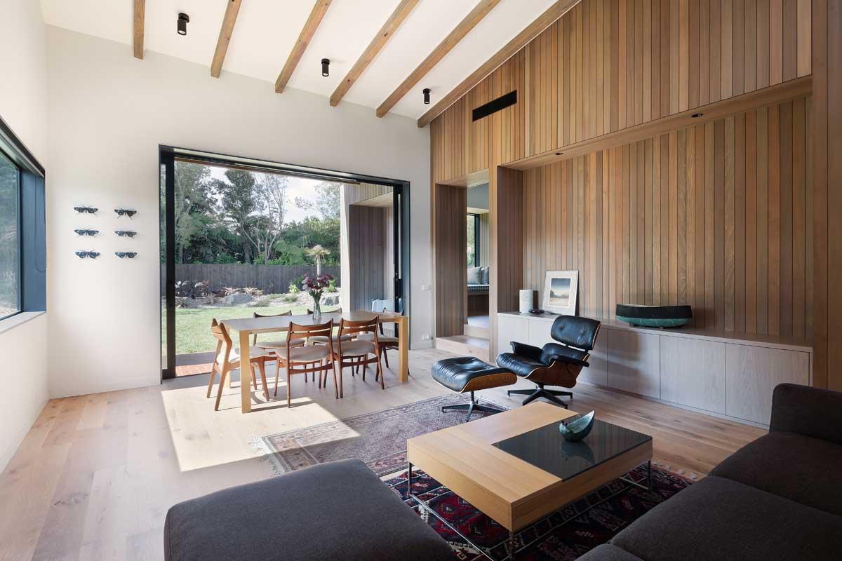 modern split level home living - House Under Eaves