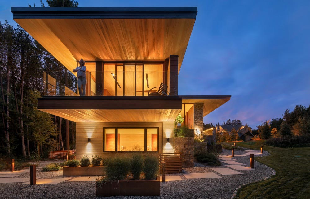 modern split level house design balcony - Petaluma House