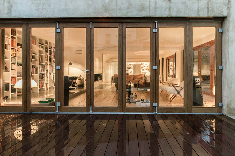 modern townhouse folding glass door - Townhouse Renovation in Montpellier
