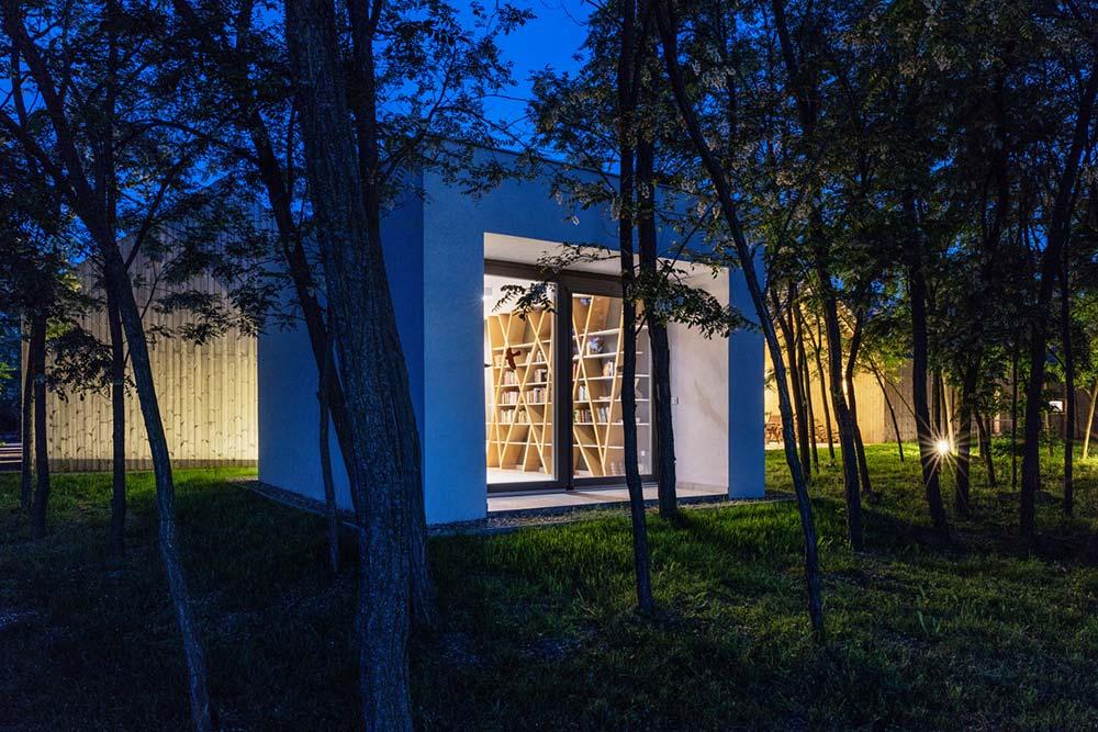 modern wooden house studio arc - Modern Wooden House