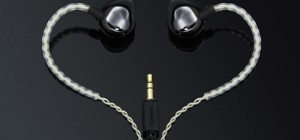 monitor earphones ztone 300x140 - ZTONE in-ear earphones: lock in your tunes