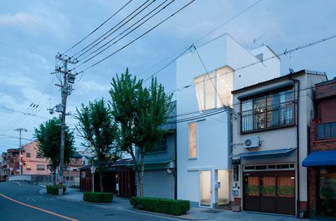 narrow-house-japan-ikas-4