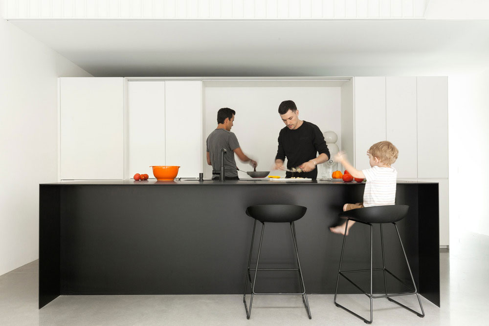 Narrow lot home modern kitchen design
