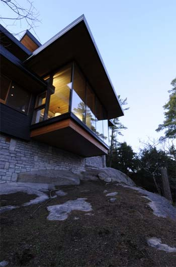 off-grid-cliff-house-9