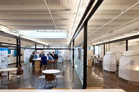 Mono office space to work for beautiful interiors for Great office design