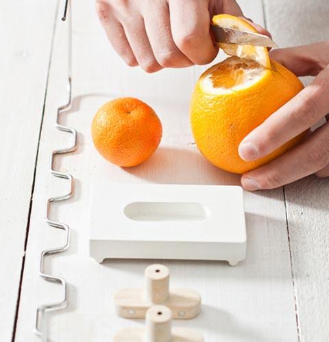 orange-peel-hangers-3