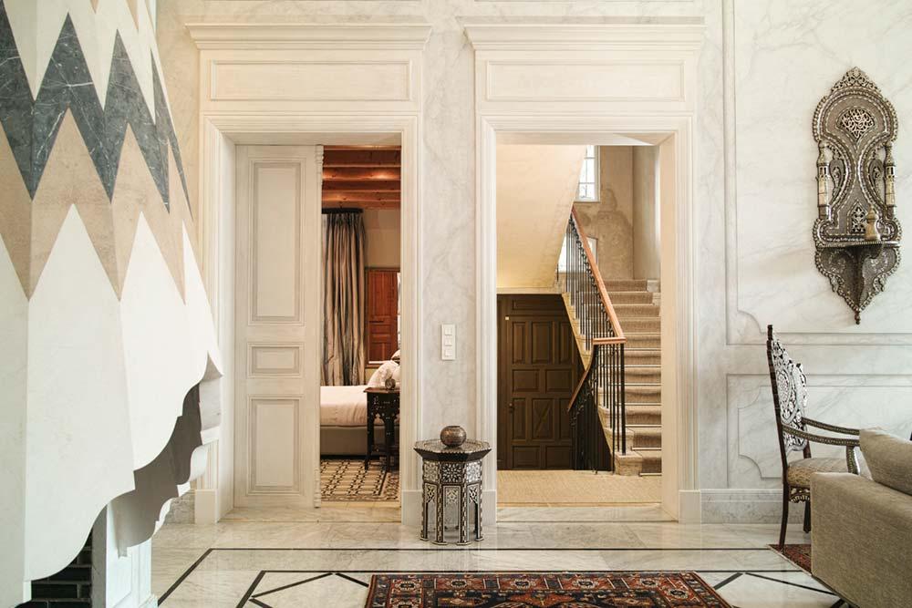 oriental villa renovation interiors - Villa Assouad