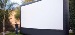 outdoor-movie-system-cinebox3