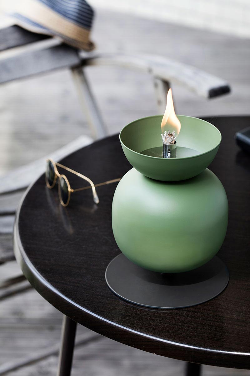 Outdoor Floor Or Table Oil Lamps Will Set Your Evening Aglow
