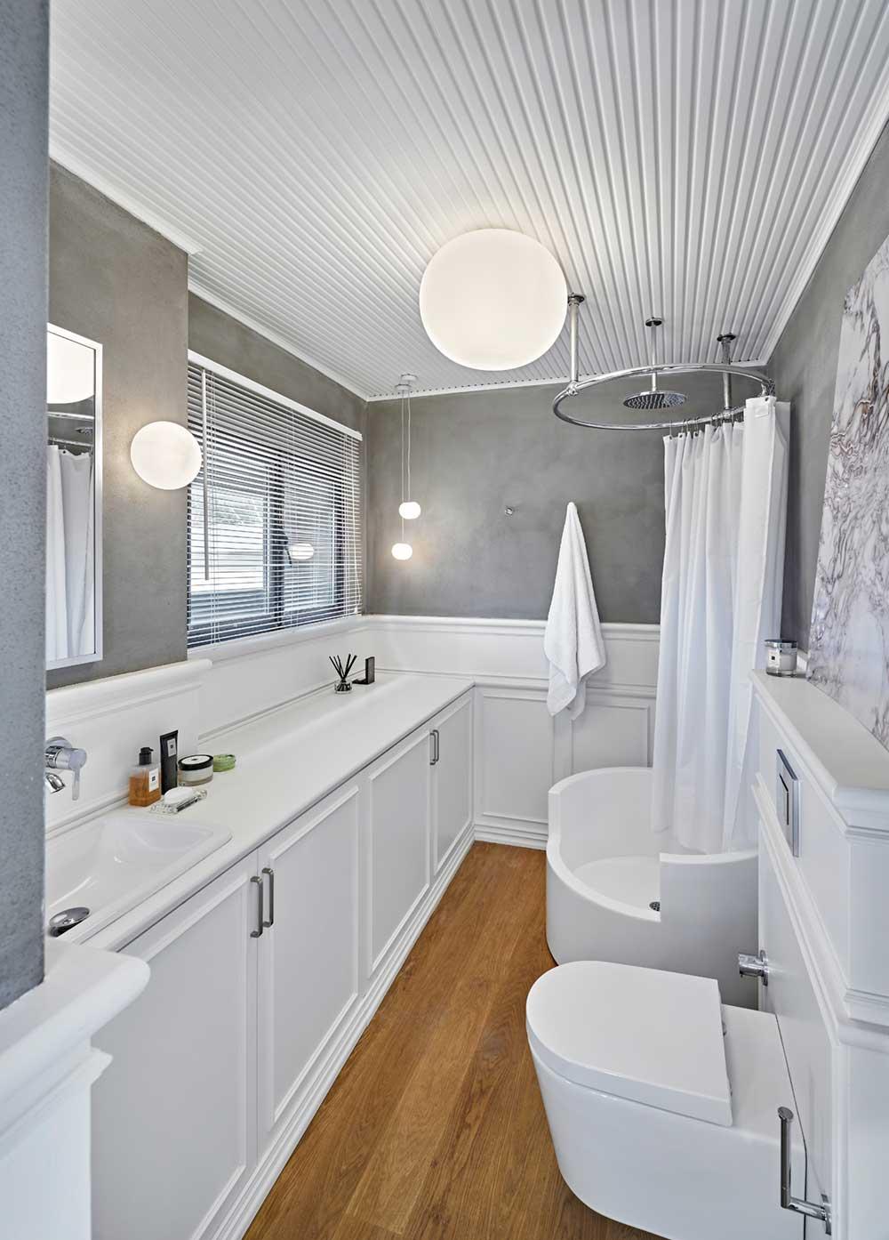Master Bathroom With Round Shower