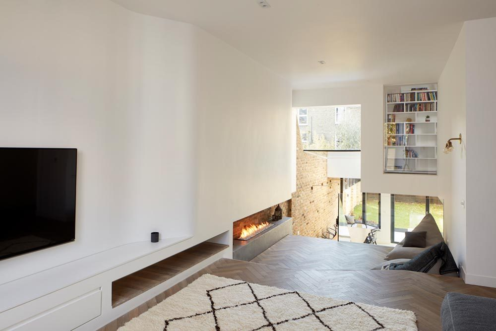 period house split level fireplace 1000x667 - The Scenario House