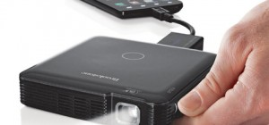 pocket-projector-mobile-brkstn