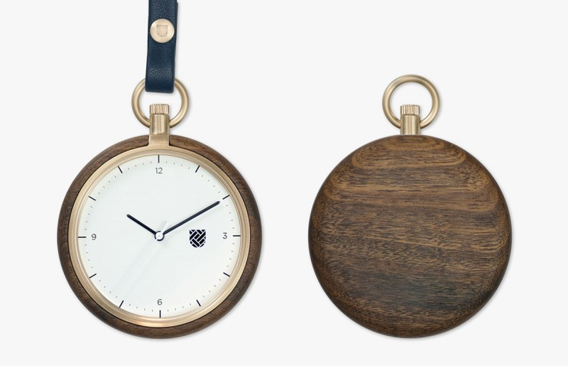 pocket watch t2001 800x515 - T200 Pocket Watch