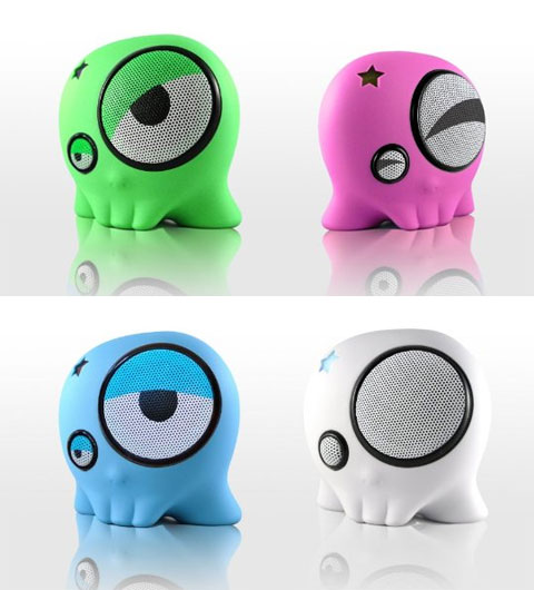 portable-speaker-skullyboom