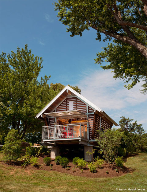 The Crib at Strathmore: a small prefab refuge of your own