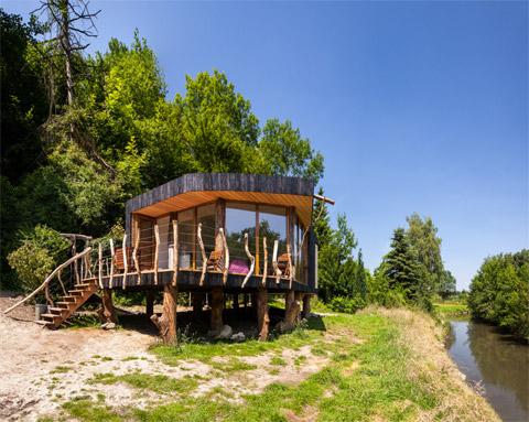 prefab-cabin-geuloever