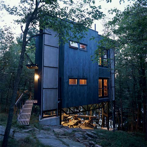 La tour de bebelles a triangle prefab in the forest for Tiny house builders ontario