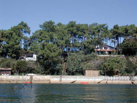 prefab home cap ferret 9 - Prefab Home in Cap Ferret: living among pine trees