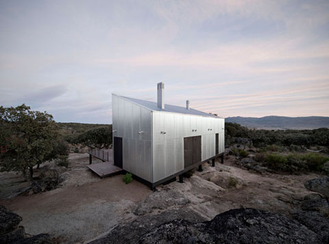 Prefab home in Spain - a 75sqm two-story building