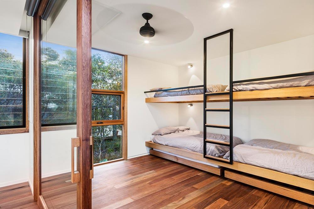 Prefab vacation home bunkbeds