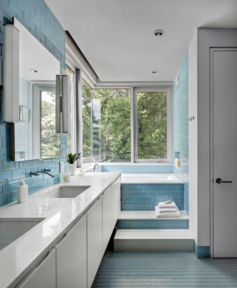 ranch house bathroom design bfdo - Deep Point Road House