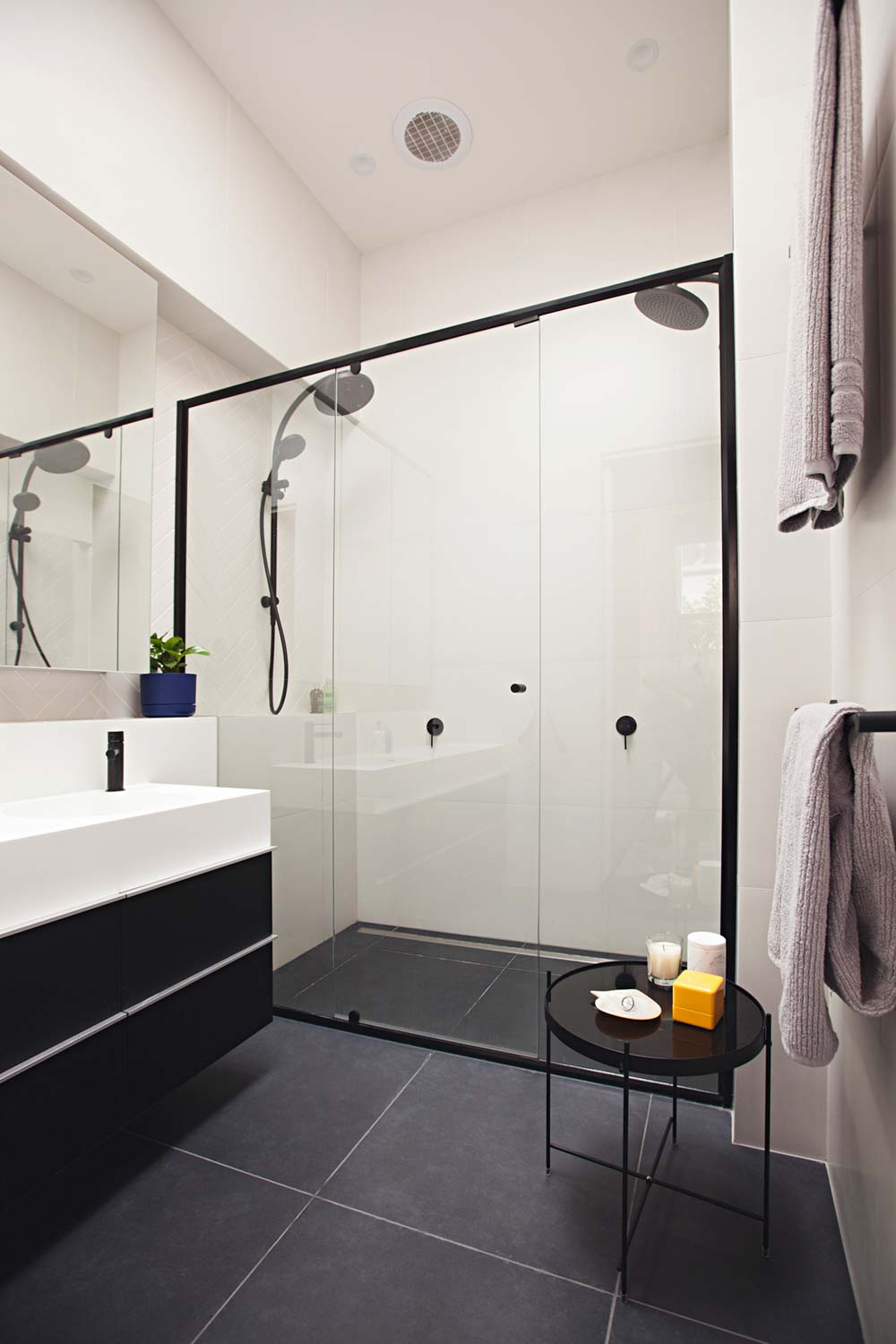 rear house extension bathroom ra - Perched House Extension