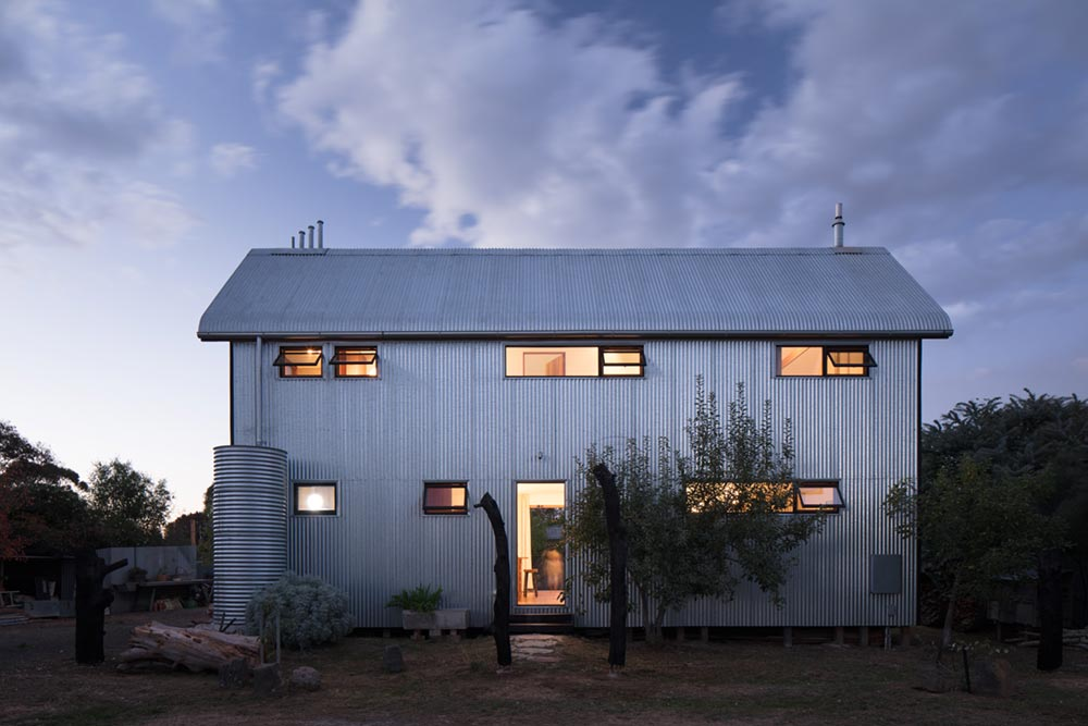 Sustainable Home Made Out Of Recyclable Goods In Beaufort Au