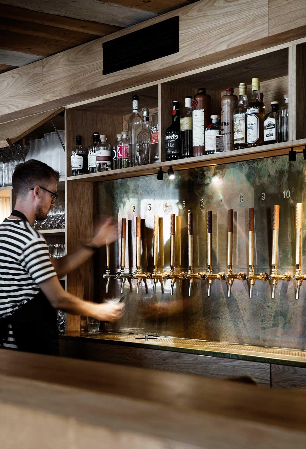 restaurant bar interior design barr - Barr Interior Design