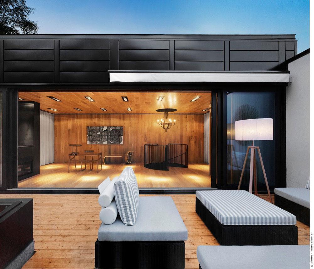 Garden Garage Wall Ideas