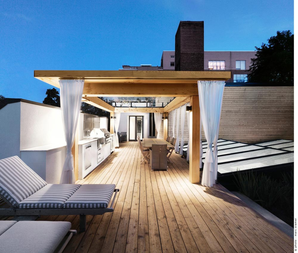 Roof terrace design in montreal beautiful interiors for Roof designs interior